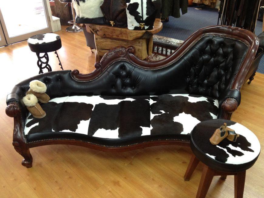 les 25 meilleures id es de la cat gorie meubles en peau de vache sur pinterest d cor en peau. Black Bedroom Furniture Sets. Home Design Ideas