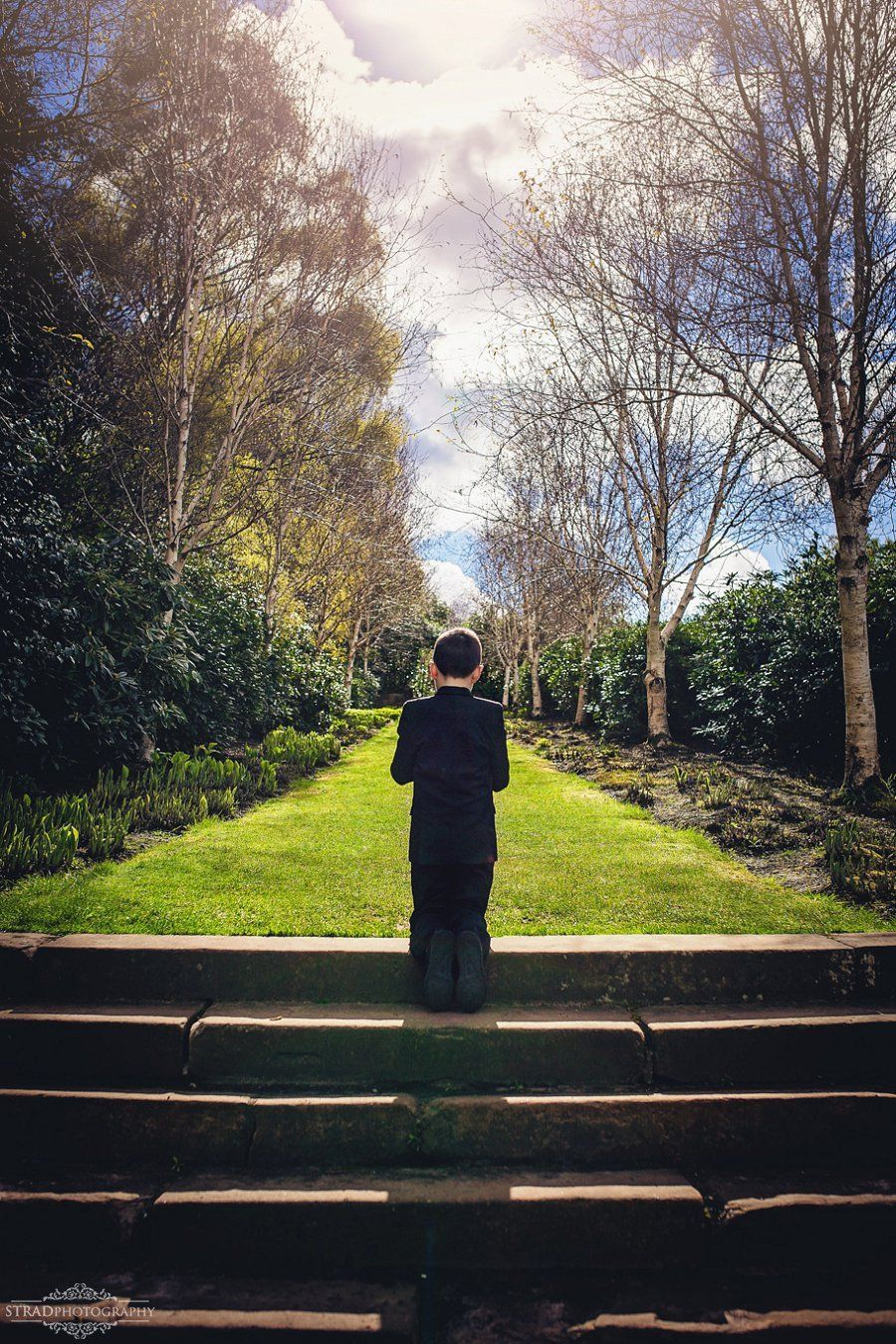 First Holy Communion photography in Glasgow - Dawid in Pollok park | Communion. Holy communion. Photography