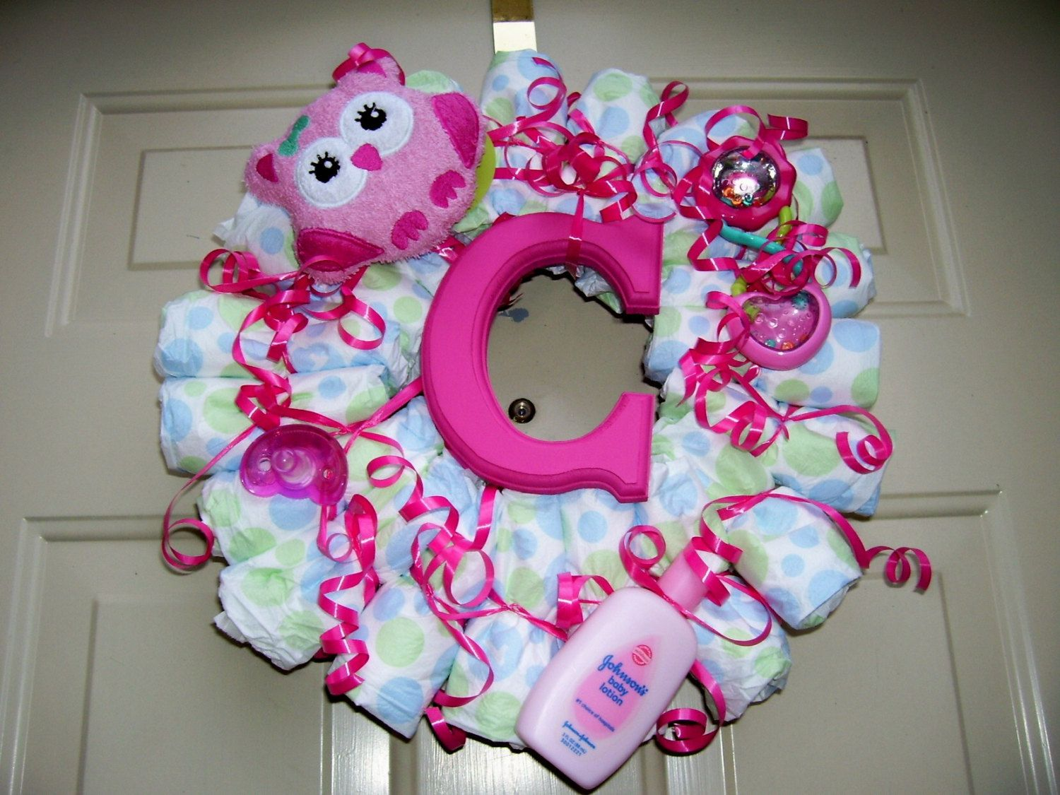 Baby+Girl+Hot+Pink+Diaper+Wreath+by+LarkPaperDesign+on+Etsy,+$45.00