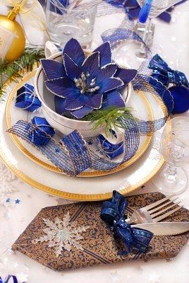 Elegant Blue Christmas Decorations Christmas Table Decorations Blue Christmas Blue Christmas Decor