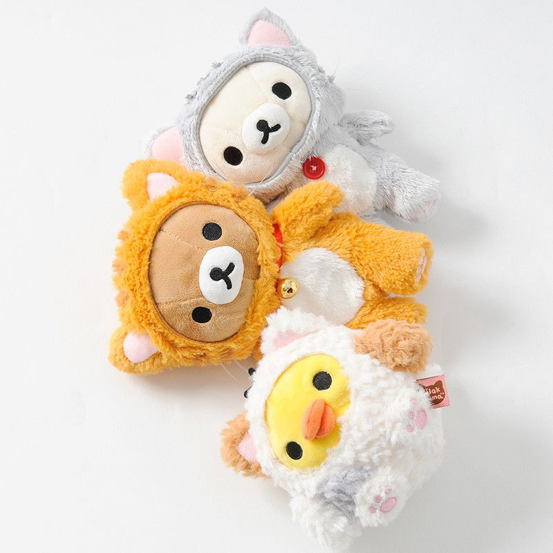 Who says characters can't be into cosplay themselves? Rilakkuma and his friends, Korilakkuma and Kiiroitori, are all suited up in fluffy cat onesies as adorable mini plush toys.