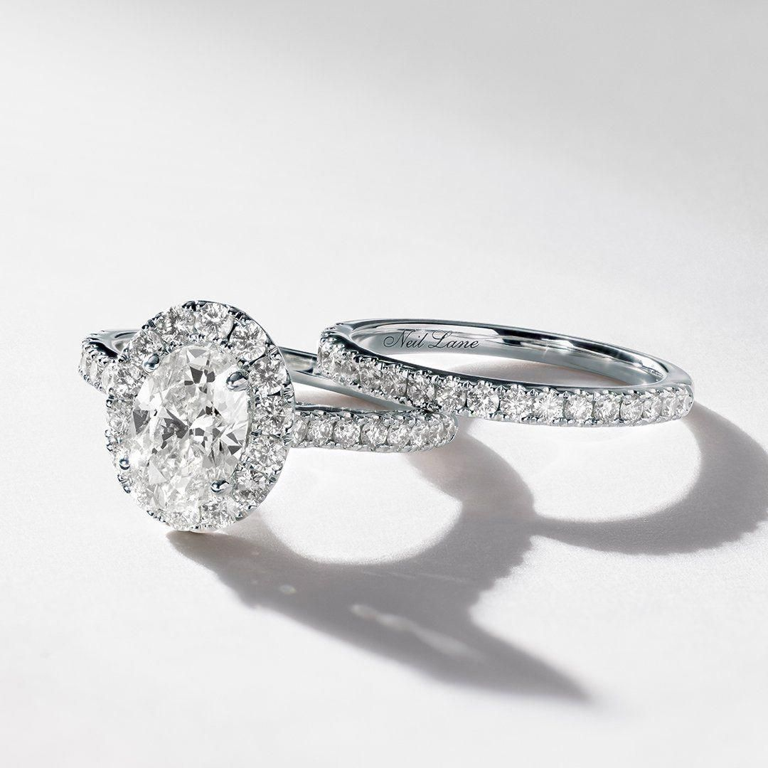 This Neil Lane engagement ring features a stunning oval