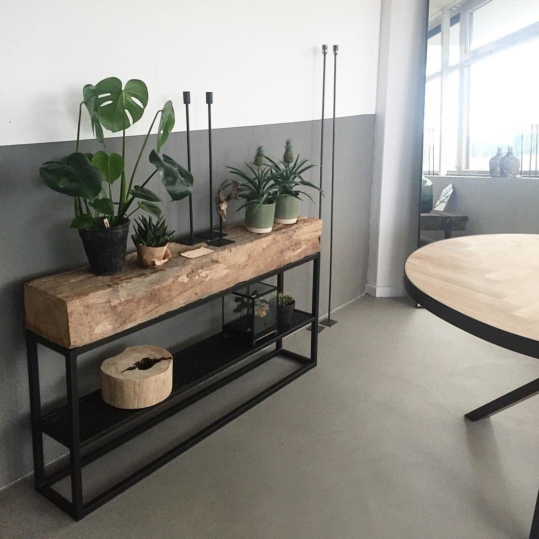 Staal van Lies op Instagram: Morning! Tof he, stoeren hand gesmeerde betonnenvloer, onze unieke eiken meubel en hand gemaakte visgraat tafels! Alles handgemaakt &… #halinrichting