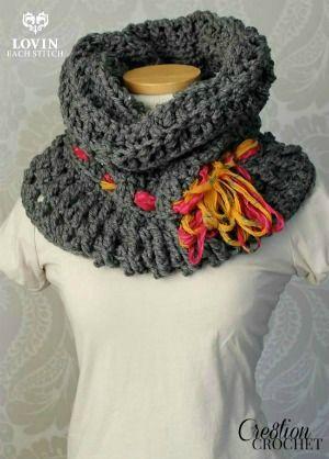 The Zara ~ A Crochet Cowl Pattern   Pinterest   Tejido, Bufanda ...