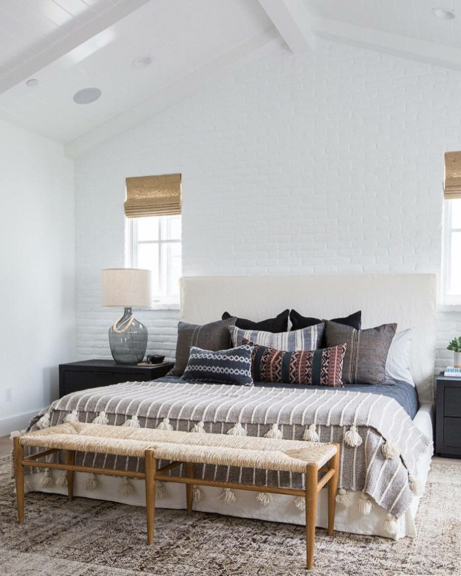 Are You Guilty Of These 8 Bedroom Design Mistakes: Pin By Chloe Montgomery On House Ideas