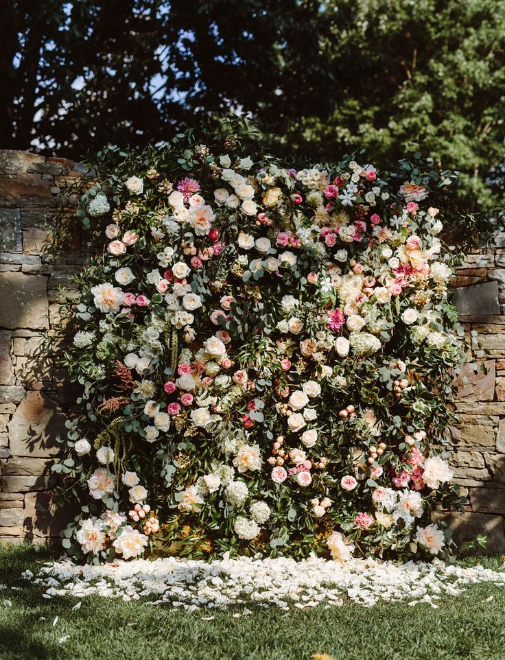 East Coast Garden Wedding With A Jaw Dropping Flower Wall Green Wedding Shoes Flower Wall Wedding Photo Booth Backdrop Wedding Floral Backdrop