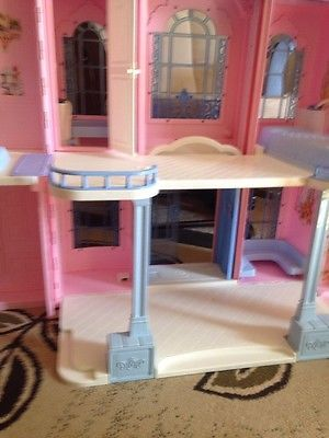 Vintage Barbie Grand Hotel Guc Free Shipping Barbie Houses