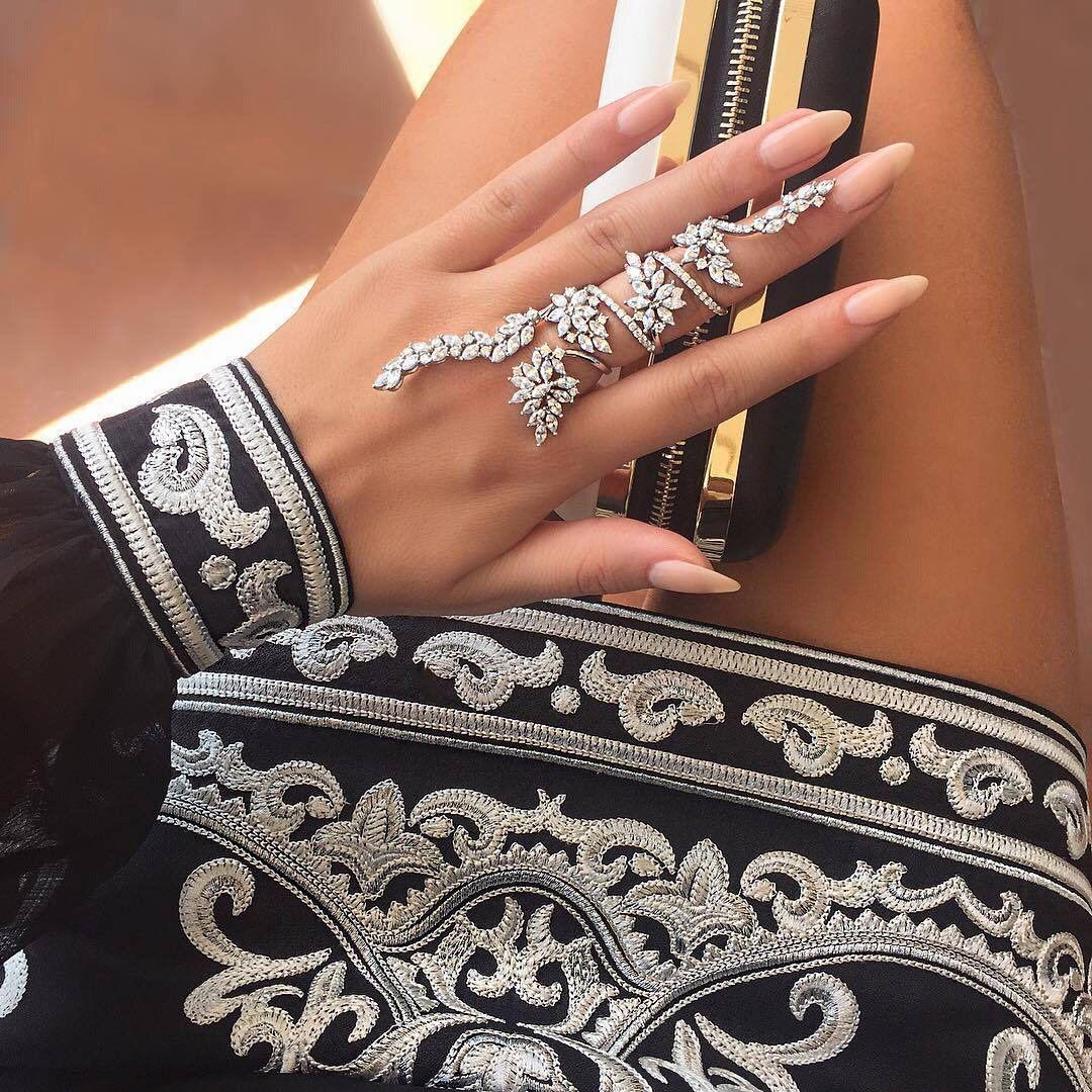 Pretty Little Fashion ♡ — lipsticks-and-levis:   laylaluvv:  ...