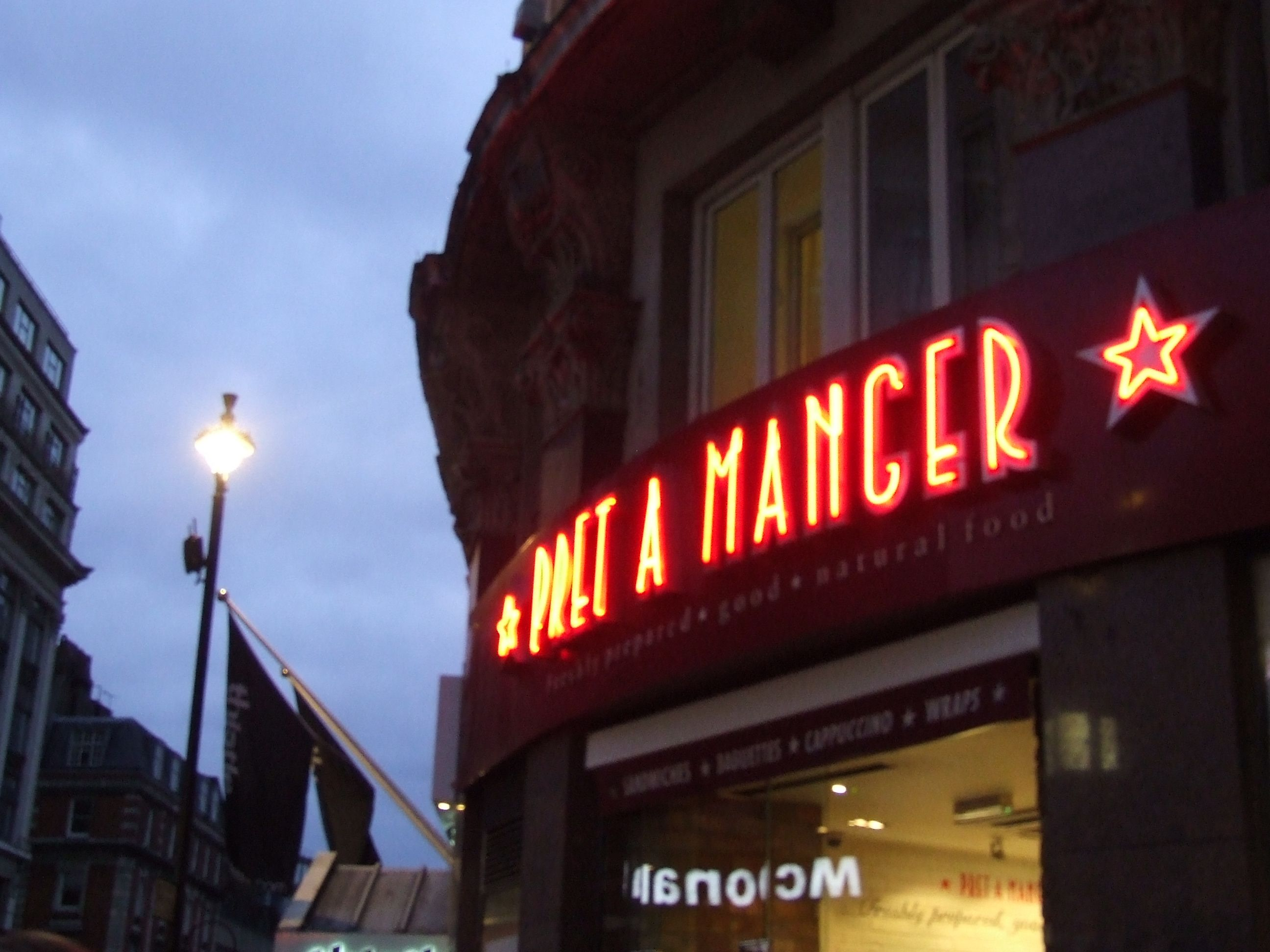 Pret-a-Manger is a sandwich shop that I frequent very frequently while in London. I always get the Scottish Salmon sandwich and some light sea salt crisps.