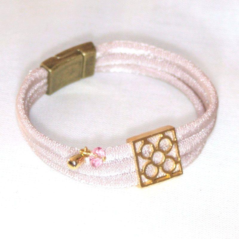 Mosaico rosa. WWW.arletfabrizzio.com