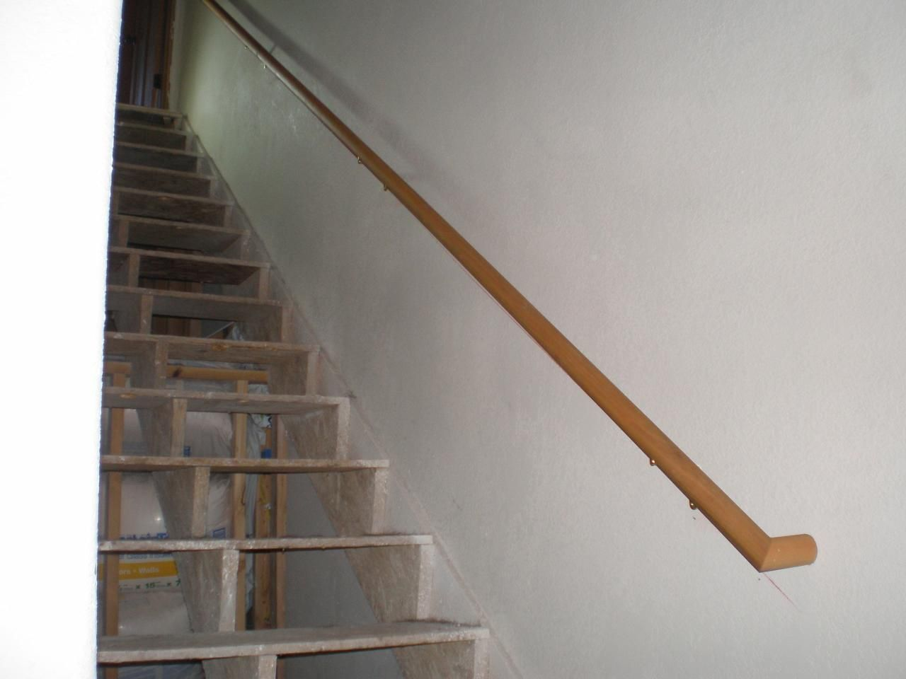Best Wooden Handrail For Stairs Http Www Sbadventures Com 640 x 480