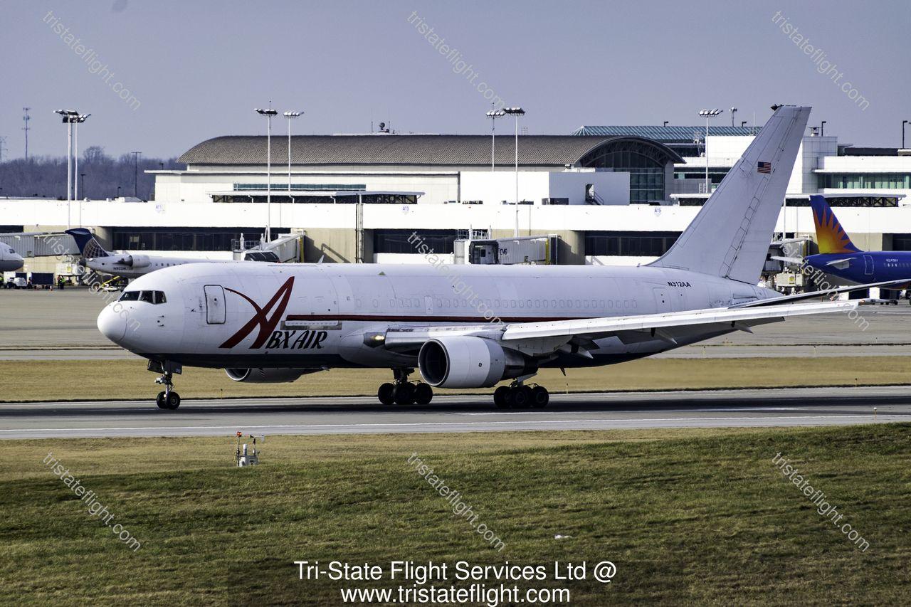 N312AA Boeing 767200 Boeing aircraft, Aircraft, Kentucky