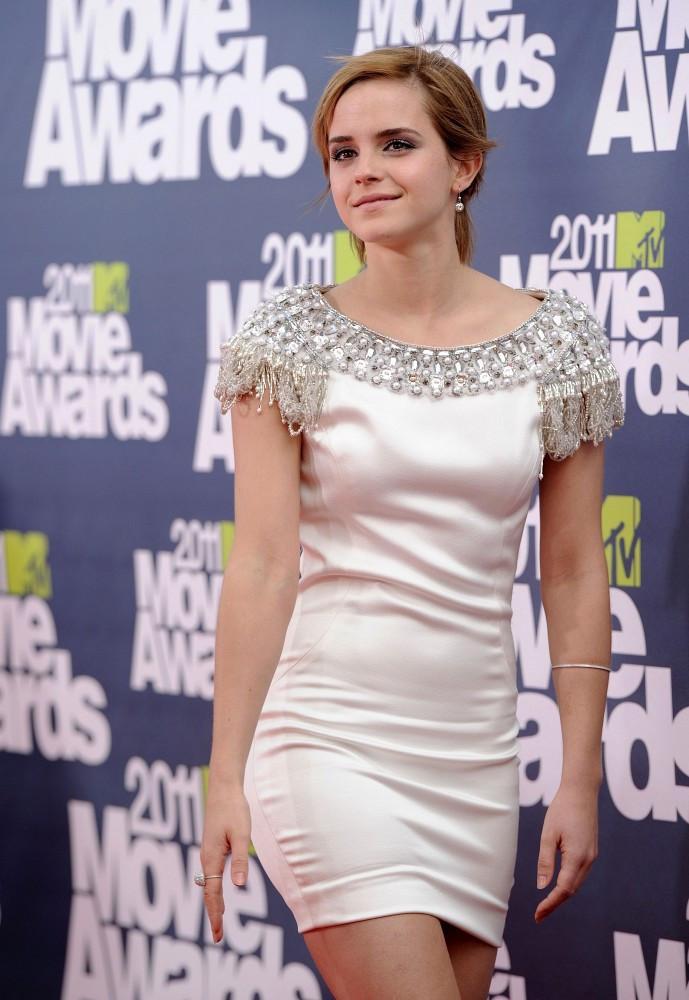Emma Watson Photos Photos 2011 MTV Movie Awards in 2020