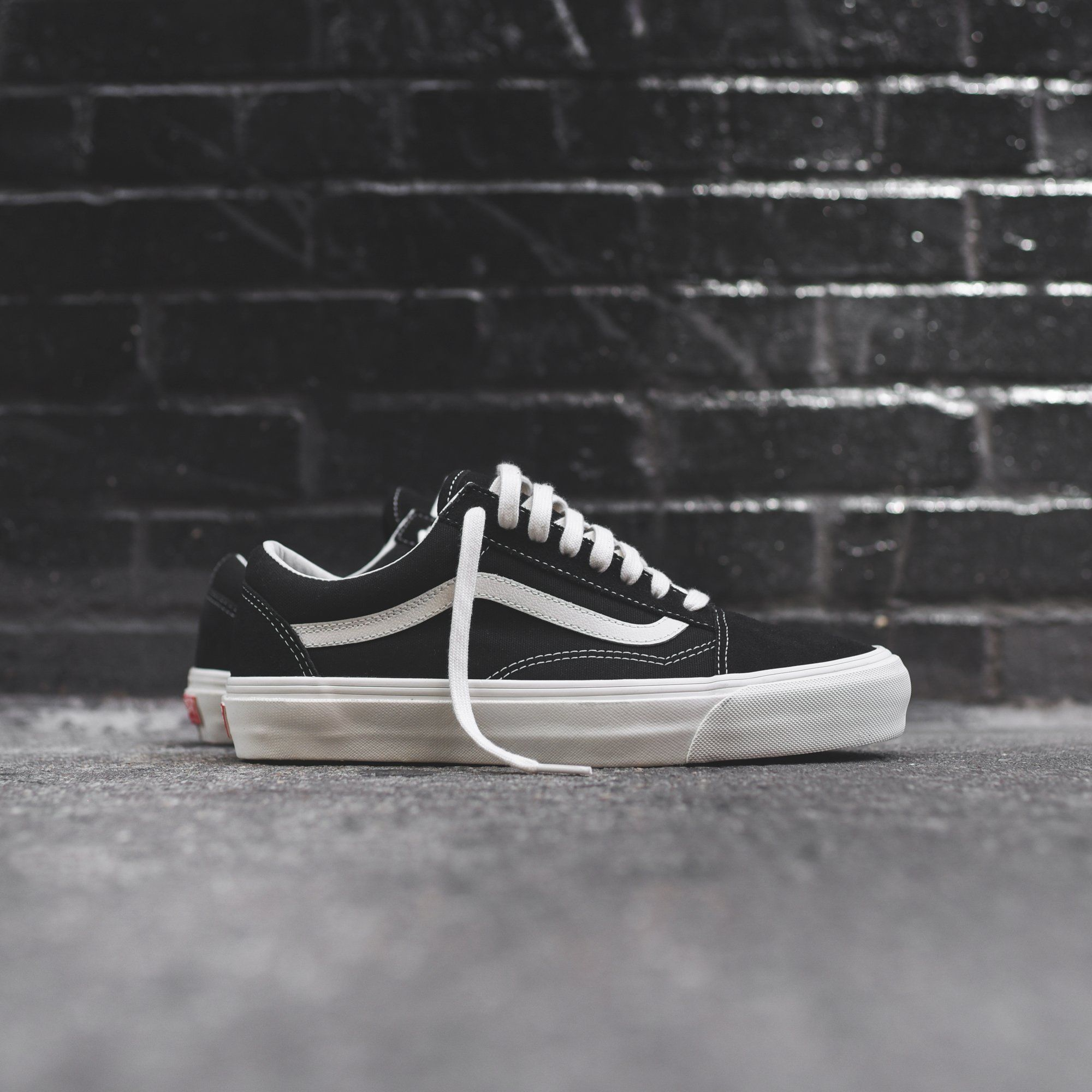 Vans OG Old Skool LX Black Marshmallow </p>