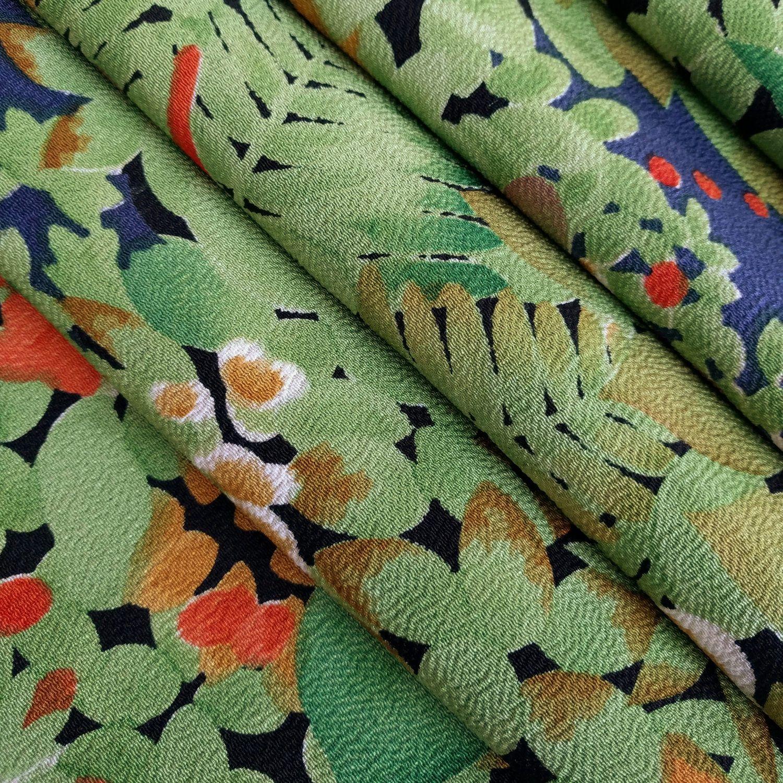 Chirimen Crepe Silk Kimono Fabric With Green Foliage And Etsy Kimono Fabric Fabric Silk Kimono