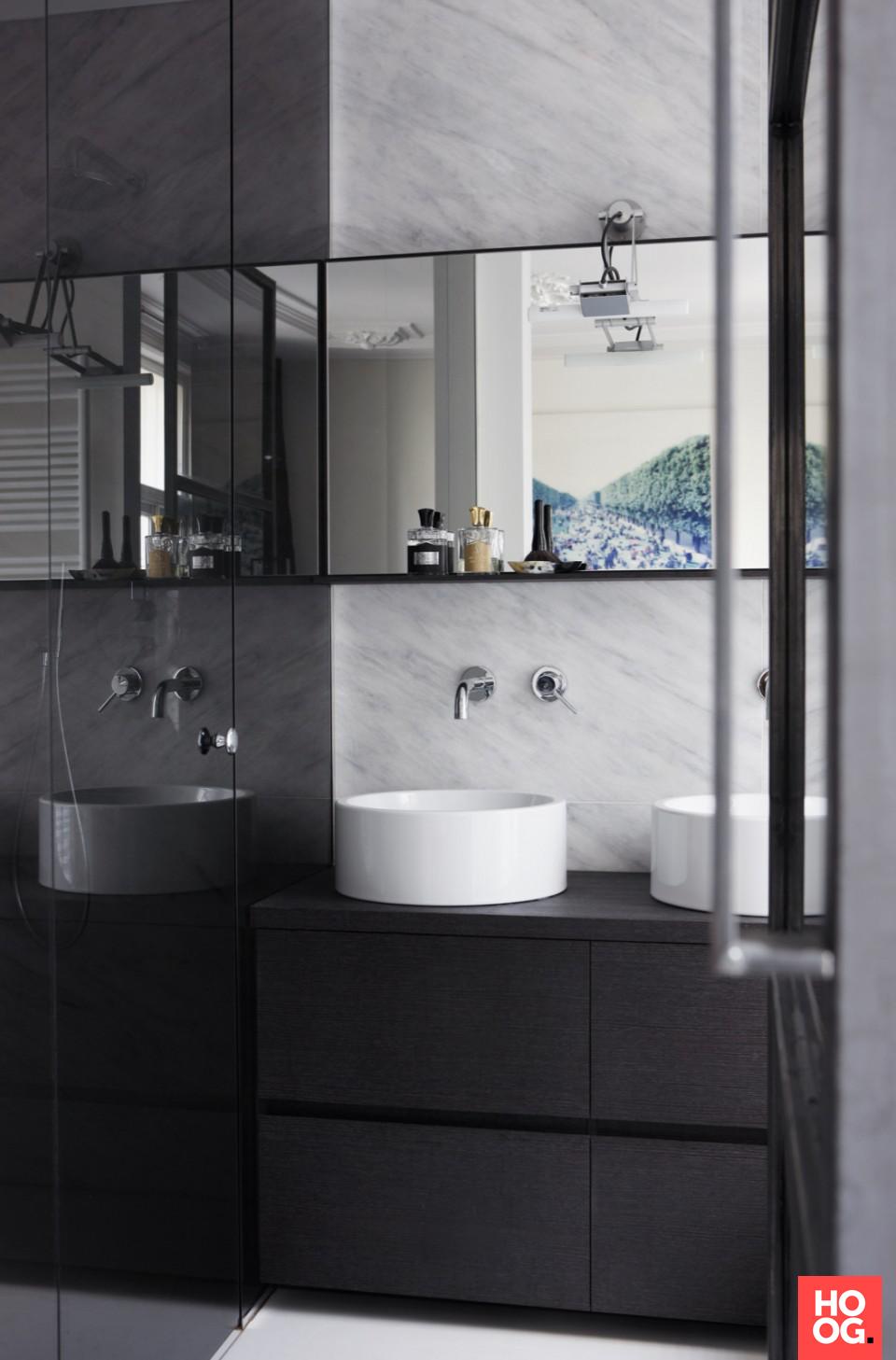 Design badkamermeubel met dubbele wasbak   badkamer ideeen ...