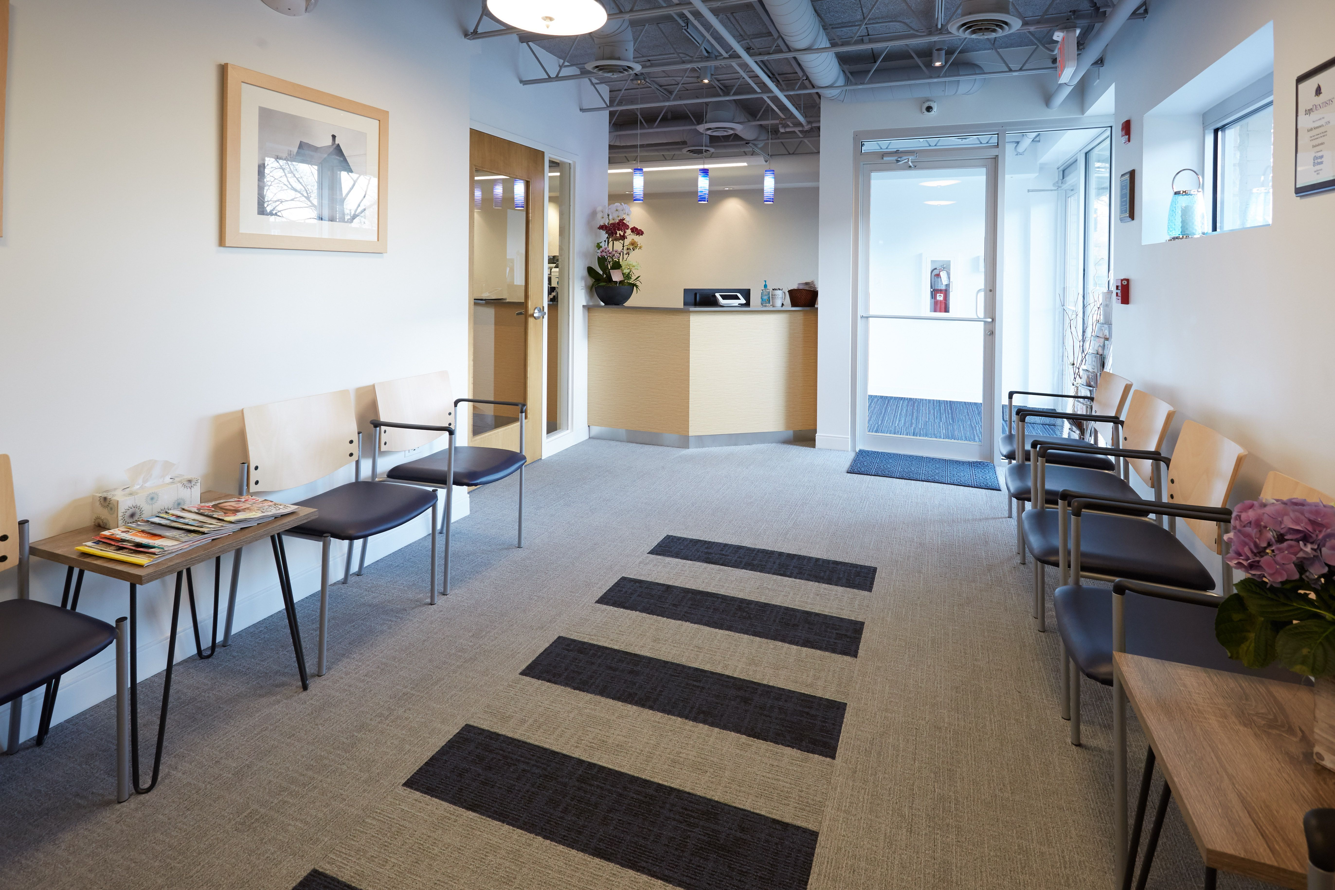 clean  fresh and modern waiting room created by apex