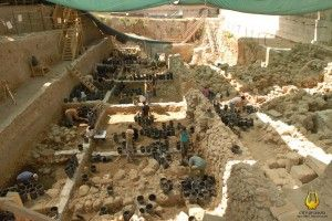 King Solomon's Wall Excavated - see what Jerusalem used to be!