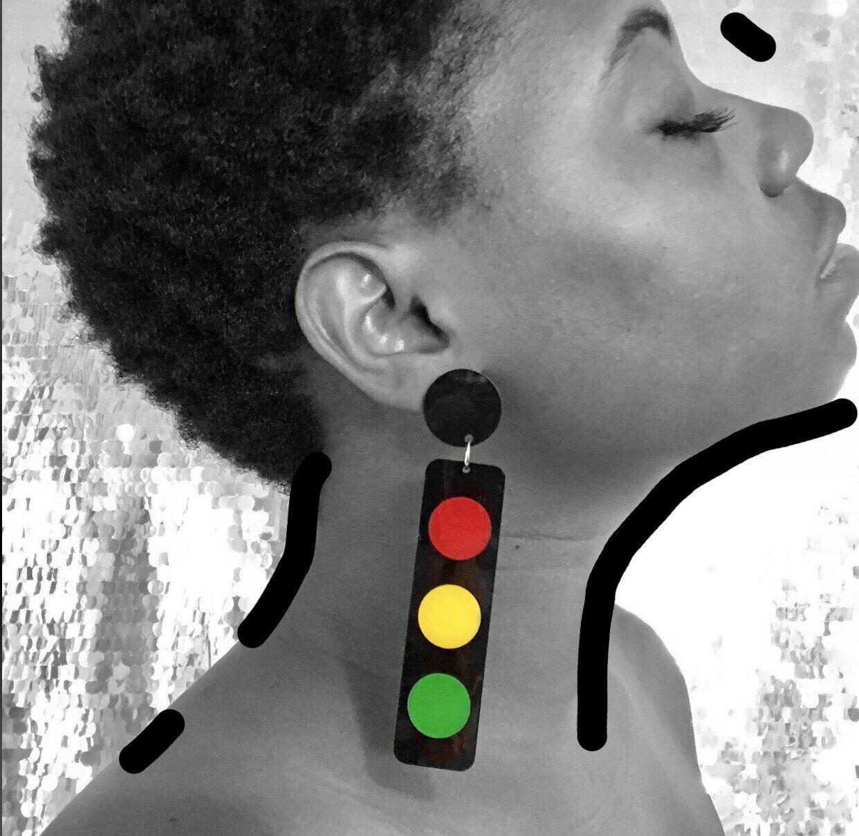 Hittin All The Lights Jxl Make Your Ears Pop How To Pop Ears Ear Drop Earrings