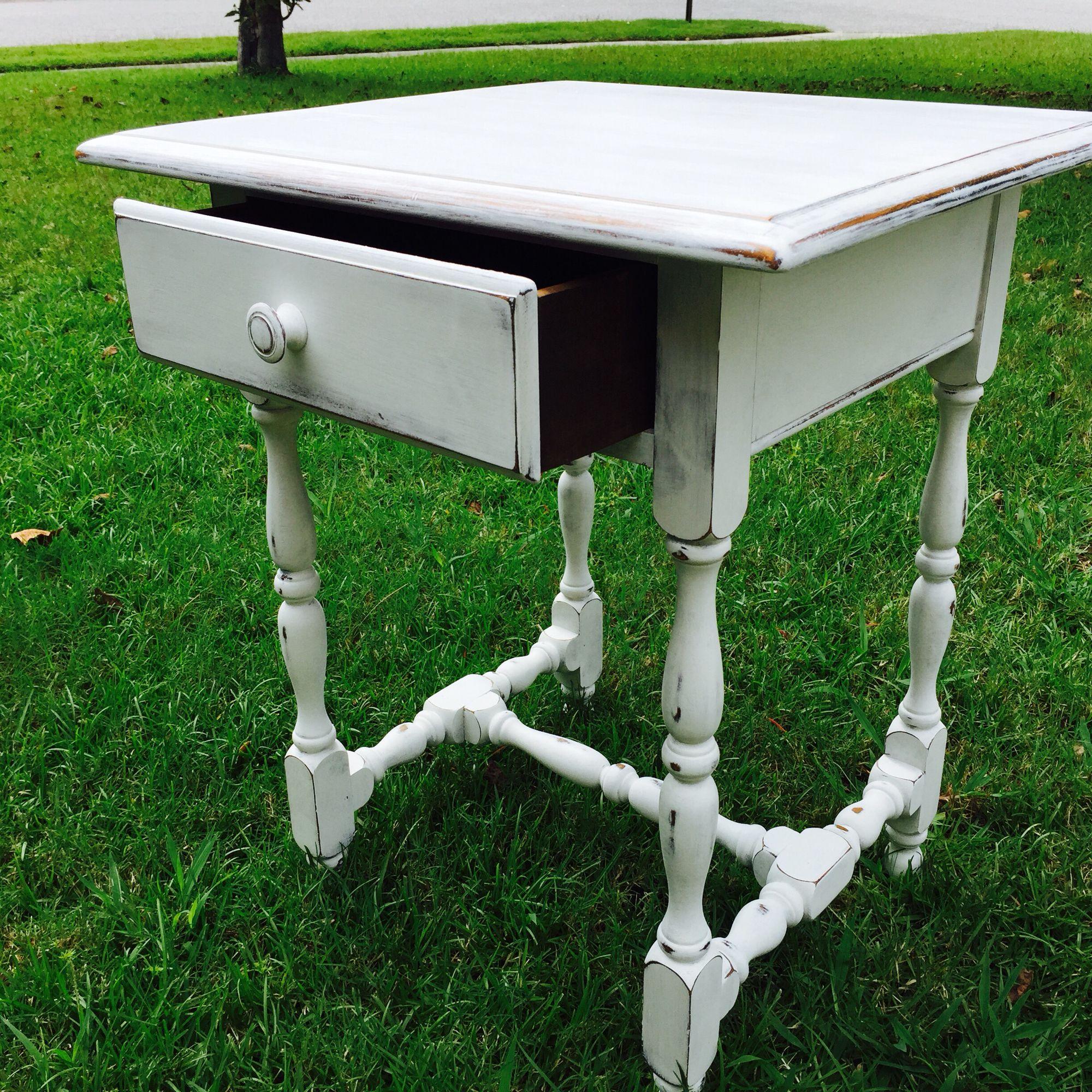 Small Side Table I Painted With Rustoleum's Chalked Paint
