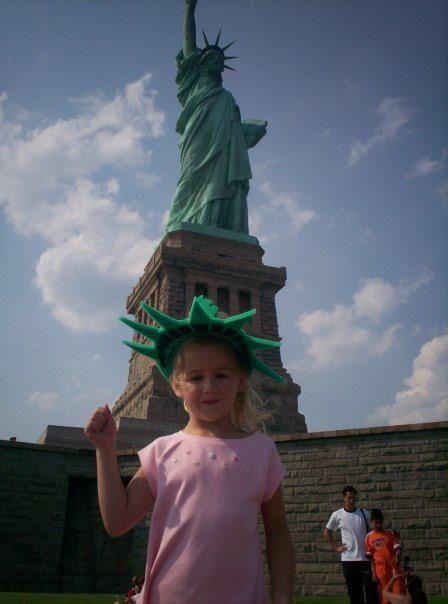young chloe at the statue of liberty chloe lukasiak pinterest