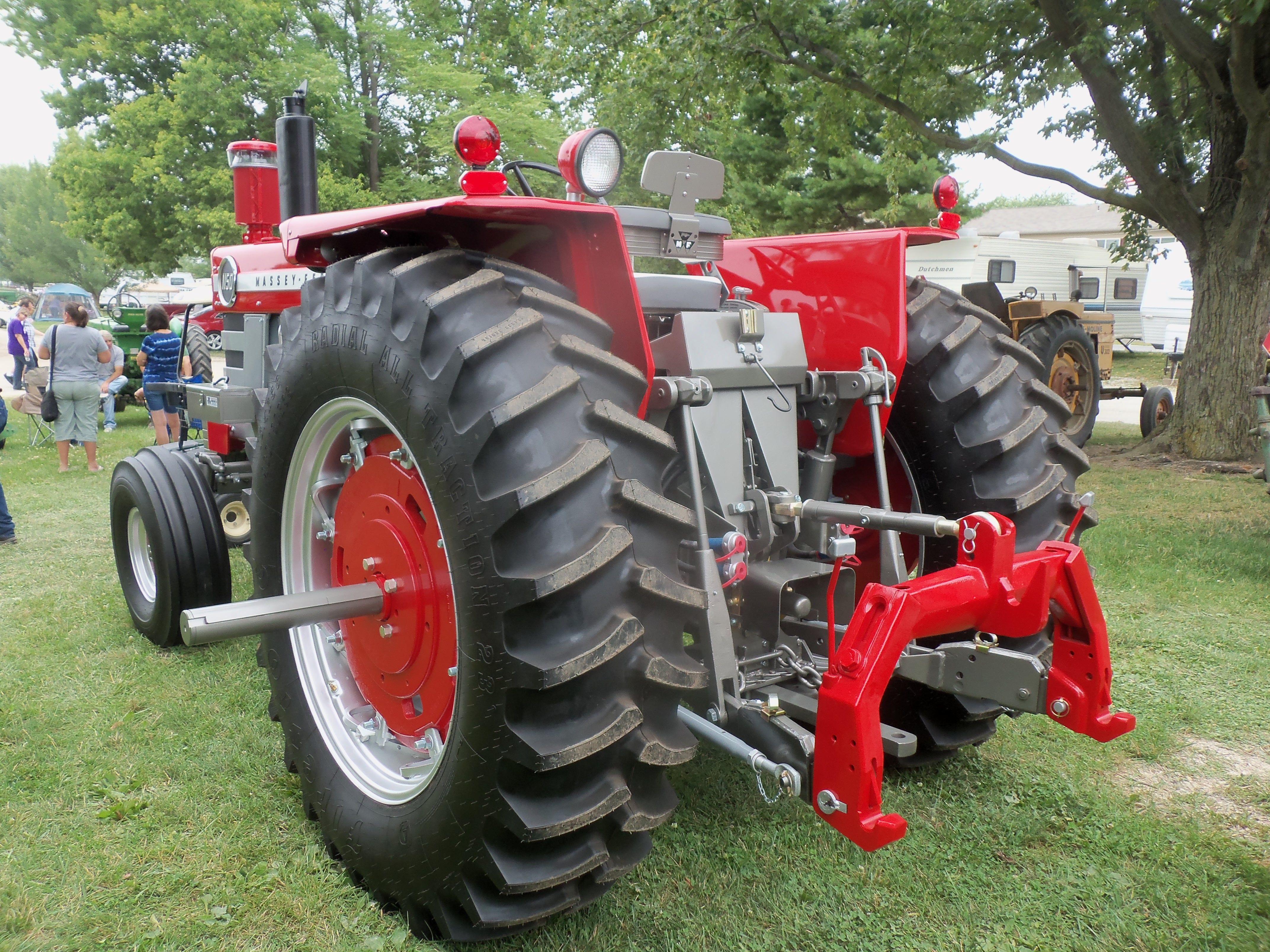 Rear of Massey Ferguson 1150 | Massey Ferguson | Farmall tractors