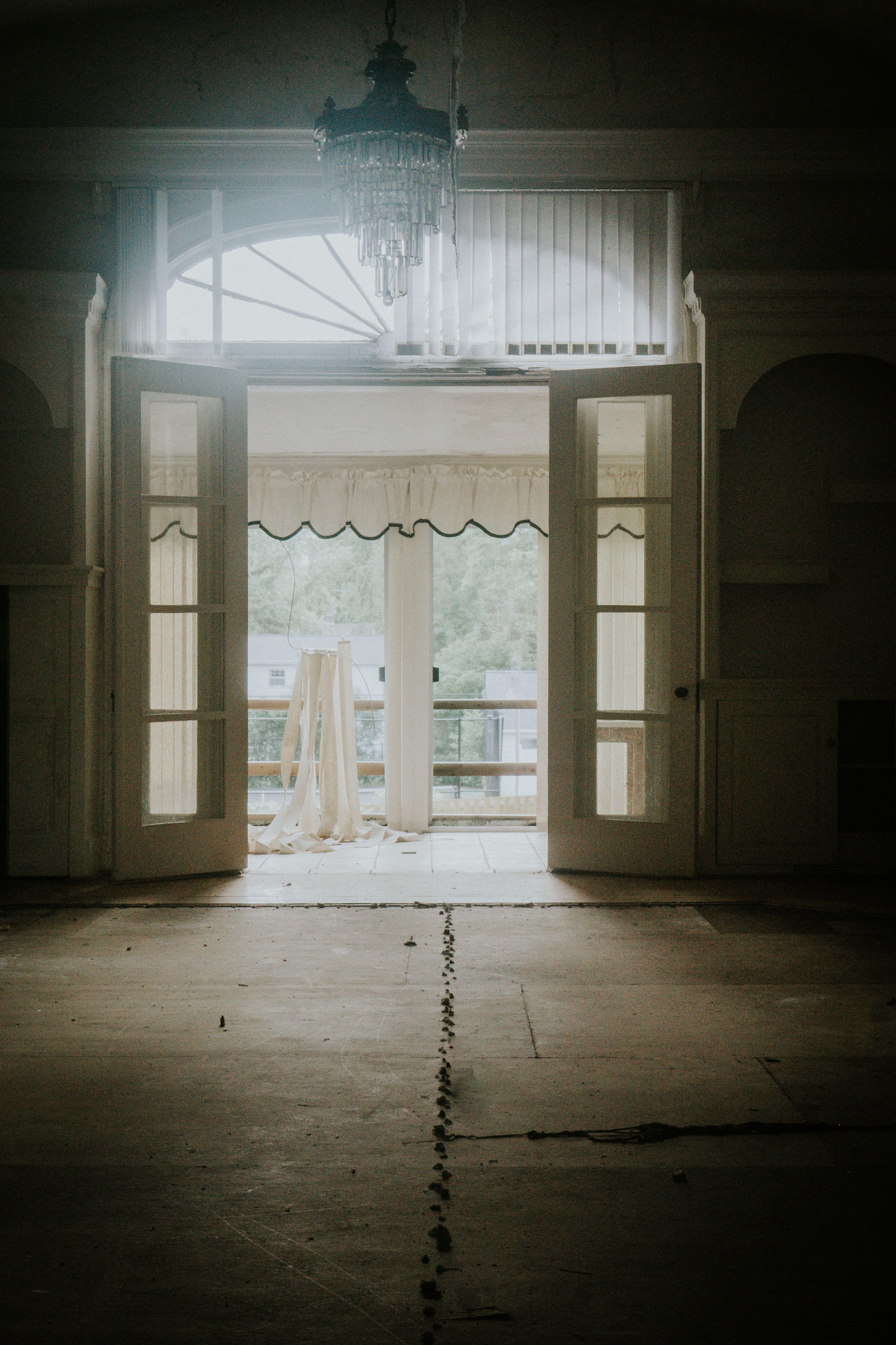 Photo of 5 Dreadful Interior Appearance White Wooden Door #grey #floor #flooring