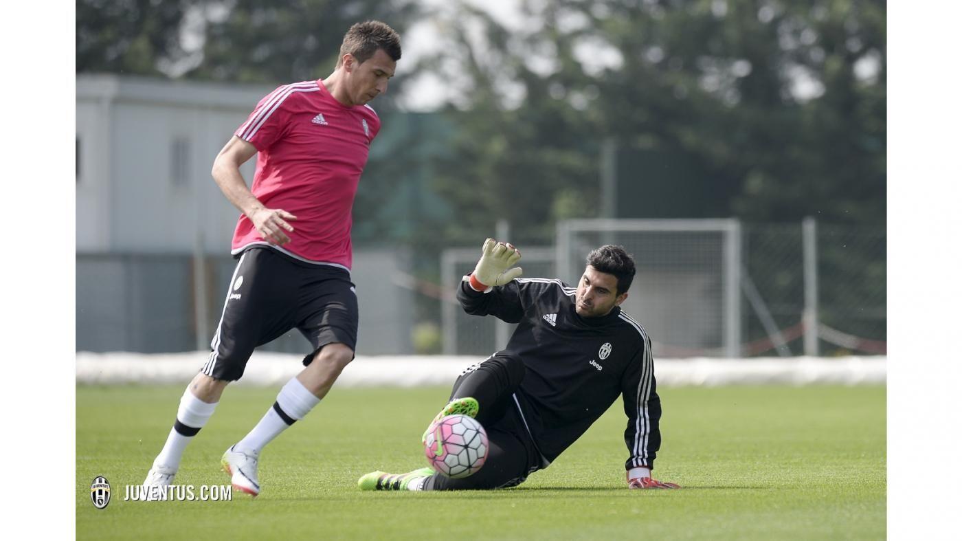 L'allenamento del 7 aprile - Juventus.com