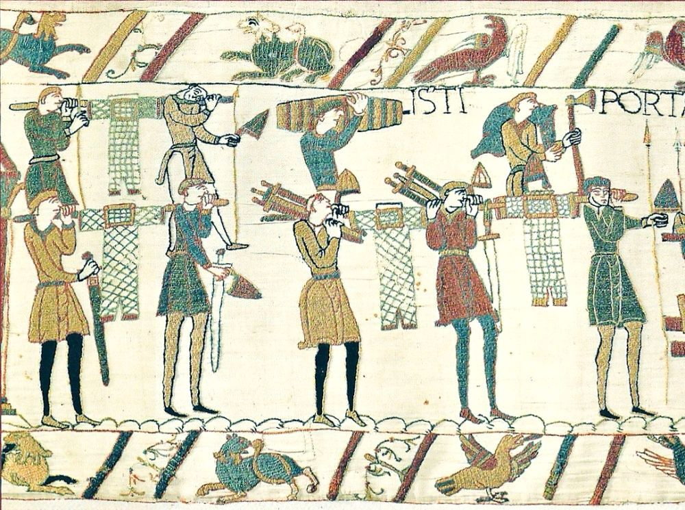 European Mail Hauberks Being Transported From The Bayeux Tapestry 1070s An Embroidered Linen Cloth Nearly 70 Metres 230 Ft L Ringpanzer Wikinger Normannen