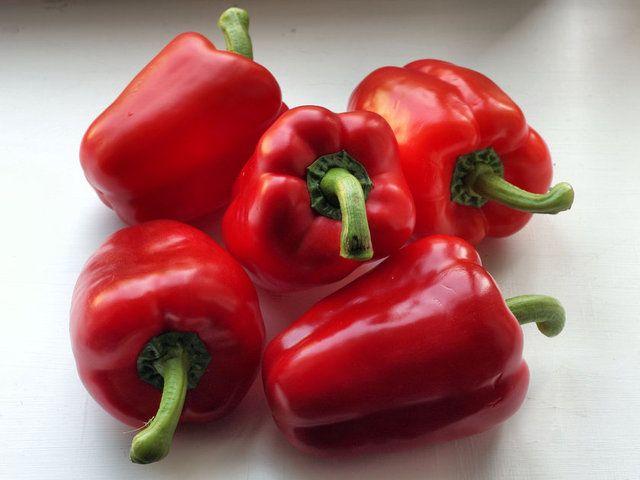 En sağılıklı kırmızılar Kırmızı biber...En lezzetli kırmızı besinler arasındadır.
