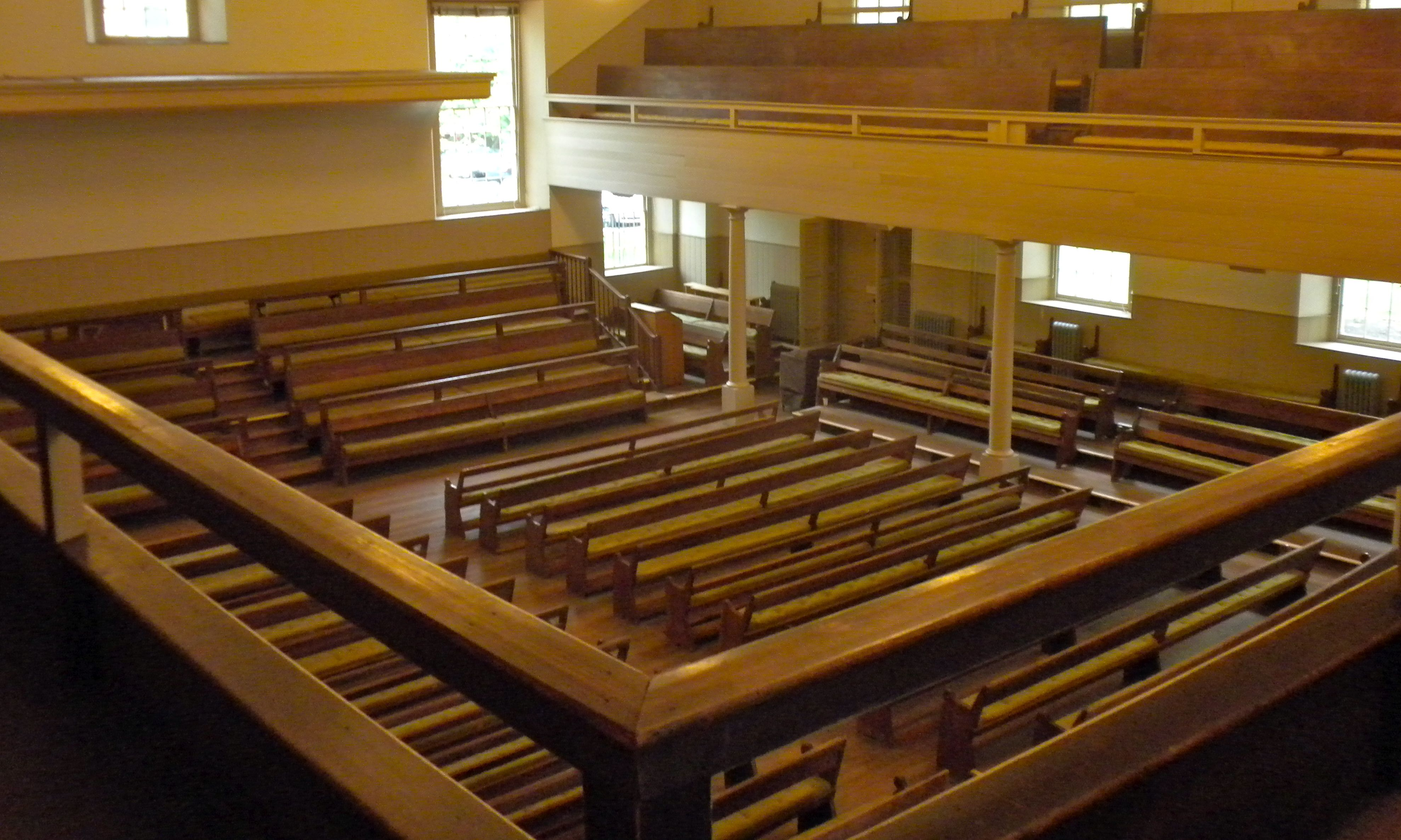 Interior of the Arch Street Friends Meeting House in