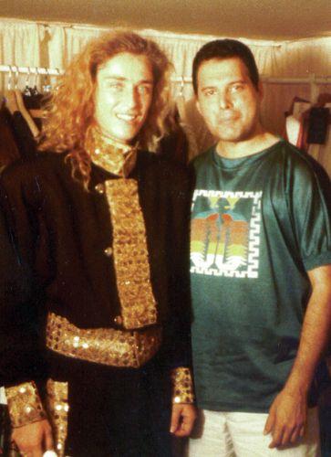 Freddie Mercury and Gard Passchier Zdjęcia, Muzyka i Królowe