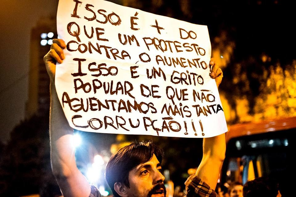 Manifestação em 13/06/13 em São Paulo - Brasil - por Victor Dragonetti (Drago)