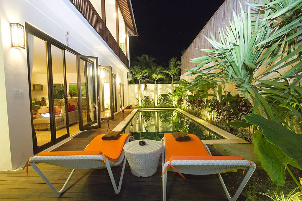 Piscine , jardin - Get $25 credit with Airbnb if you sign up with this link http://www.airbnb.com/c/groberts22