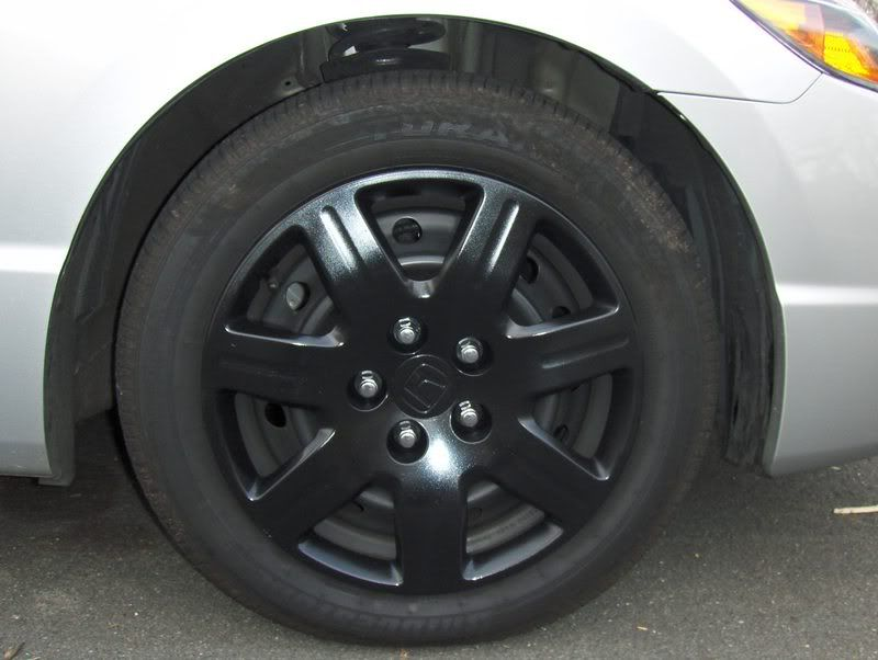 honda civic coupe black hubcaps | spray painting the hub caps.