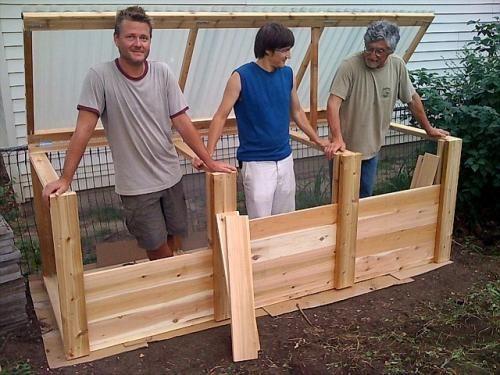 Compost Bin Lid - Soil Forum - GardenWeb