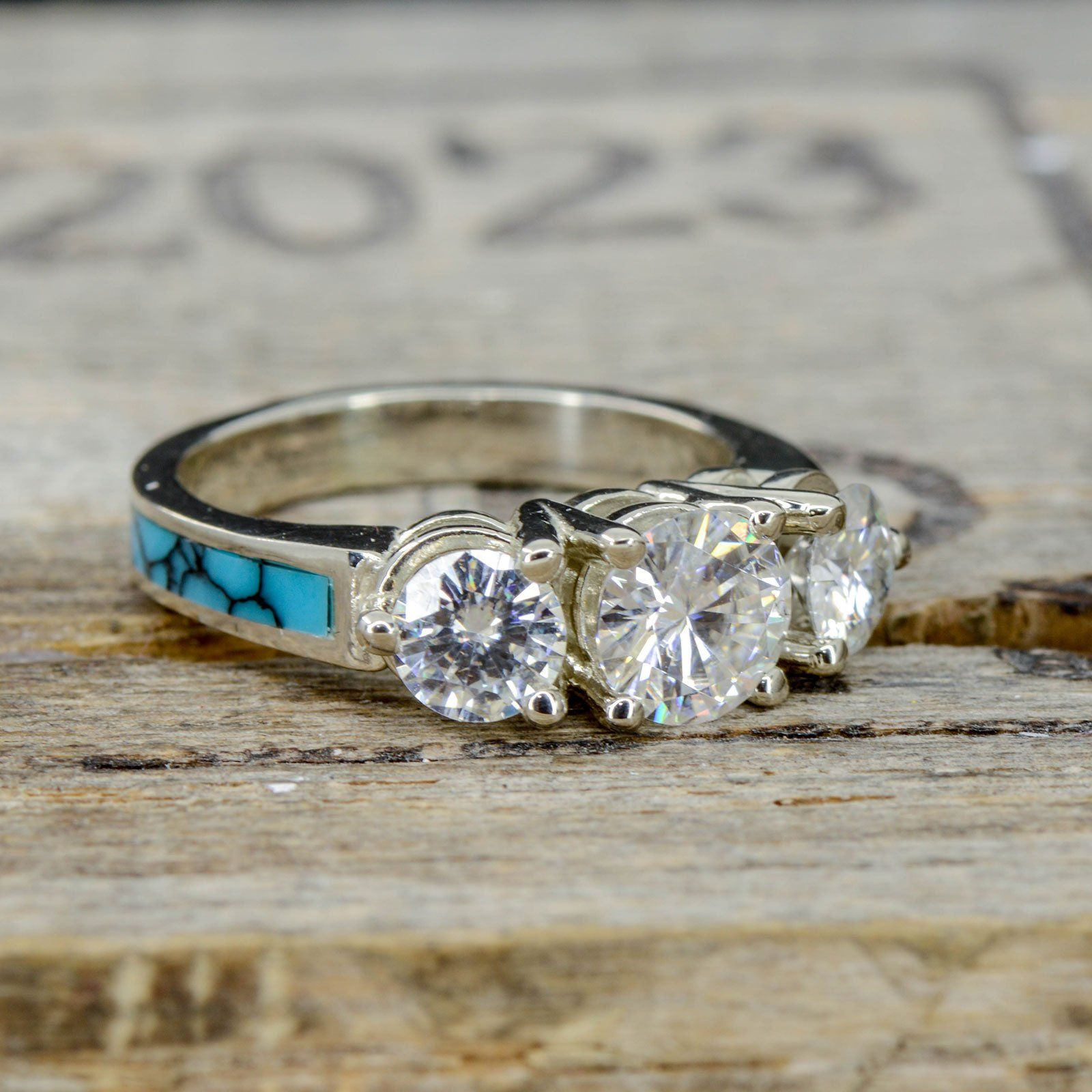 3 diamond ring with turquoise band in 2020 ladies
