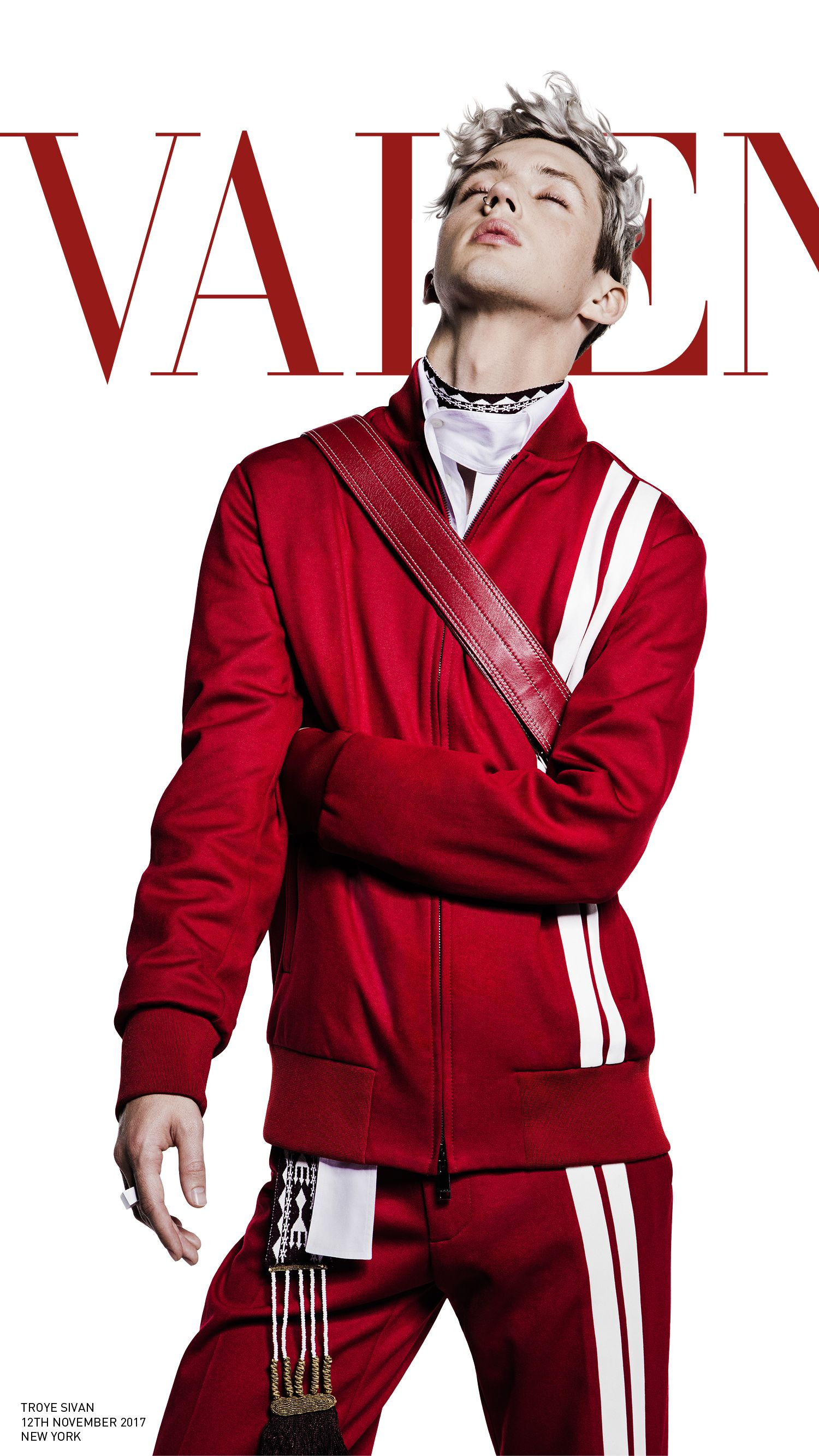 Troye Sivan fronts the #ValentinoSS18 men's Adv Campaign wearing a ...