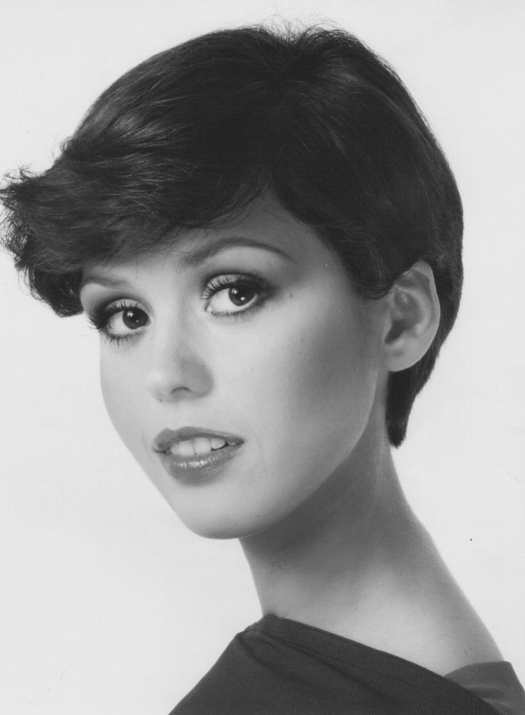 how to style hair for a osmond late 70 s wedge pixie hairstyle 5835