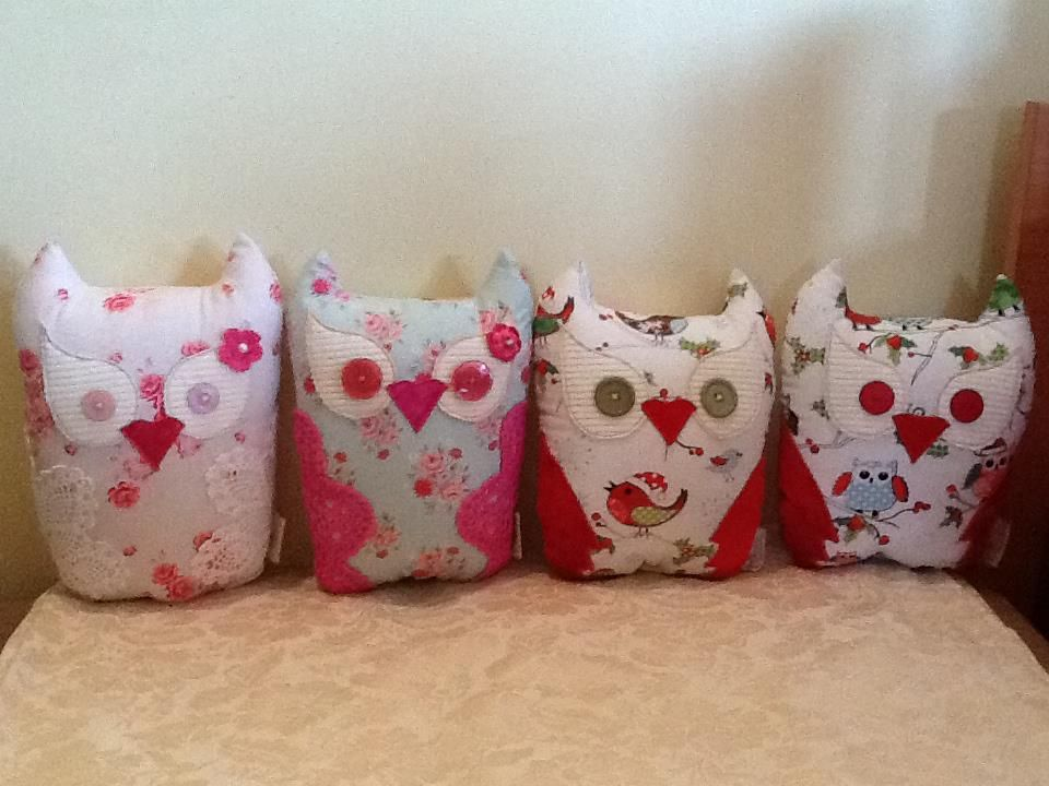 Love these beautiful hand made owl cushions.     Found on www.facebook.com/coushi.creations