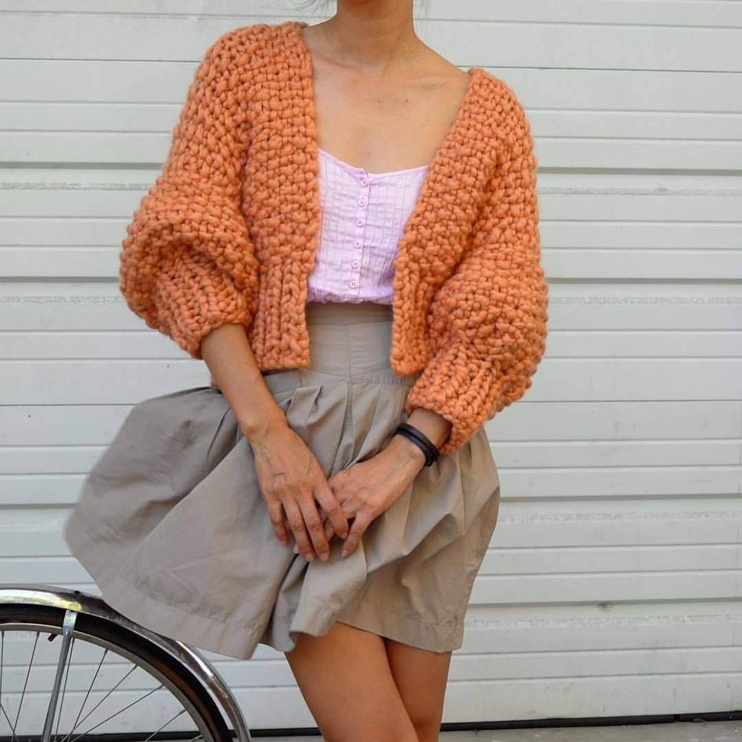f5f9ee0616 3 Day SALE  30% off Super Cropped Cardigan DIY or Her Cardigan DIY - on  loopymango.com.  loopymango  madeformaking  iloveloopymango  iloveknitting   merino5 ...