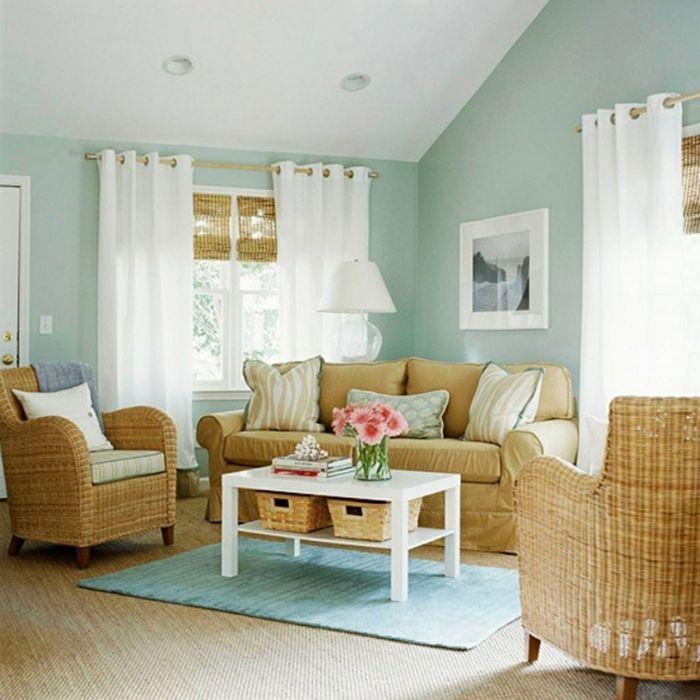 Paredes pintadas sillones y sof de rattan alfombra y - Decoracion de paredes pintadas ...