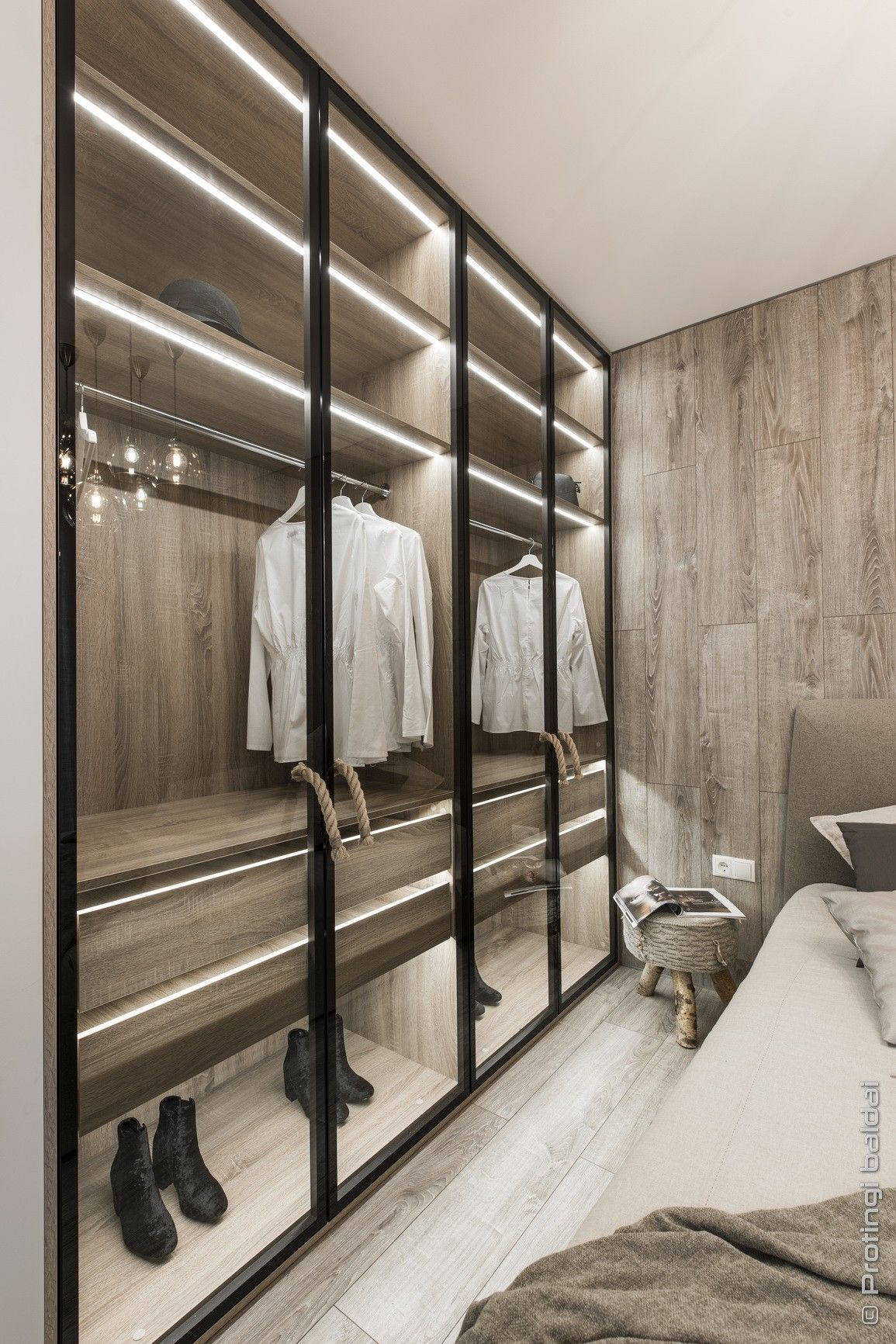 35 Best Walk In Closet Ideas And Picture Your Master Bedroom Wardrobe Room Modern Closet Designs Best Wardrobe Designs