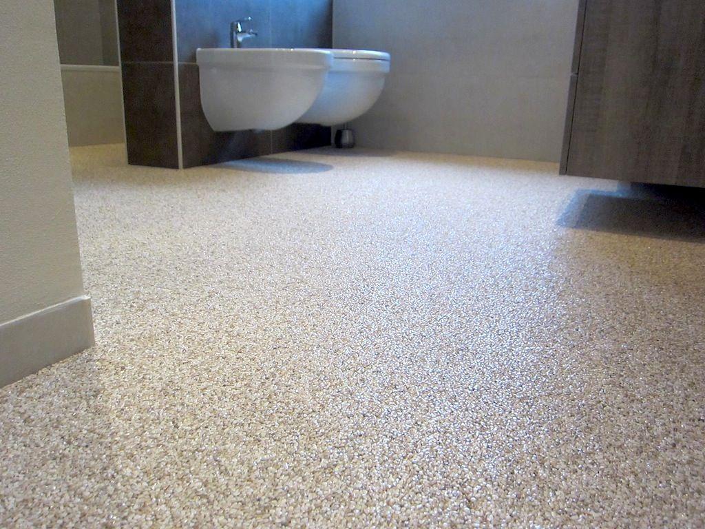 Bodenbelag fugenlos #Bodenbelag Badezimmer #Steinteppich ...