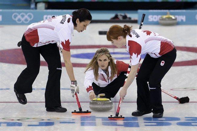 Jennifer Jones skips Canada to gold in women's curling!! (Jennifer Jones, Kaitlyn Lawes, Jill Officer, Dawn McEwen and Kirsten Wall) Sochi 2014