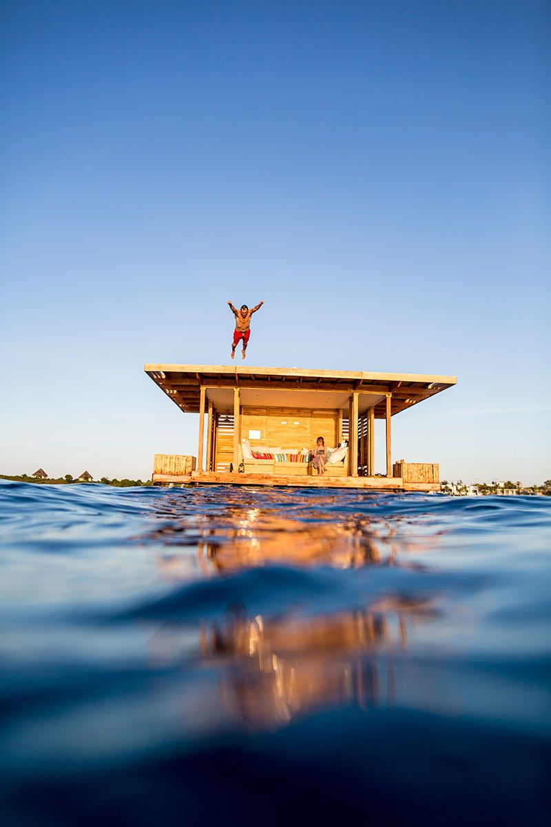 The Manta Resort / Zanzibar budget travel Floating