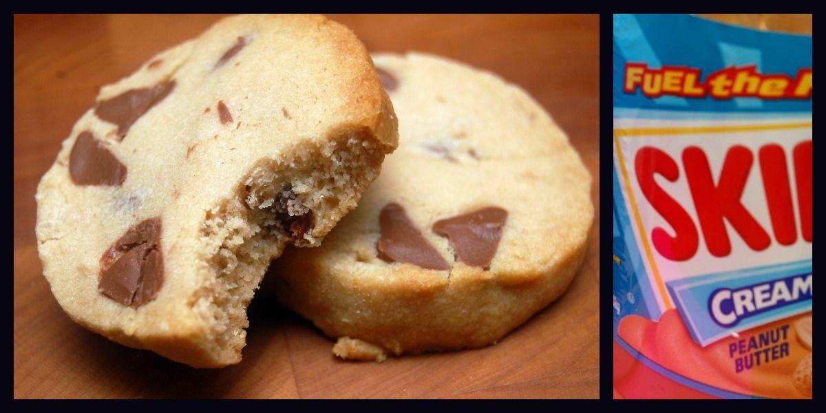 Hugs & CookiesXOXO: PEANUT BUTTER & MILK CHOCOLATE CHIP SHORTBREAD COOKIES