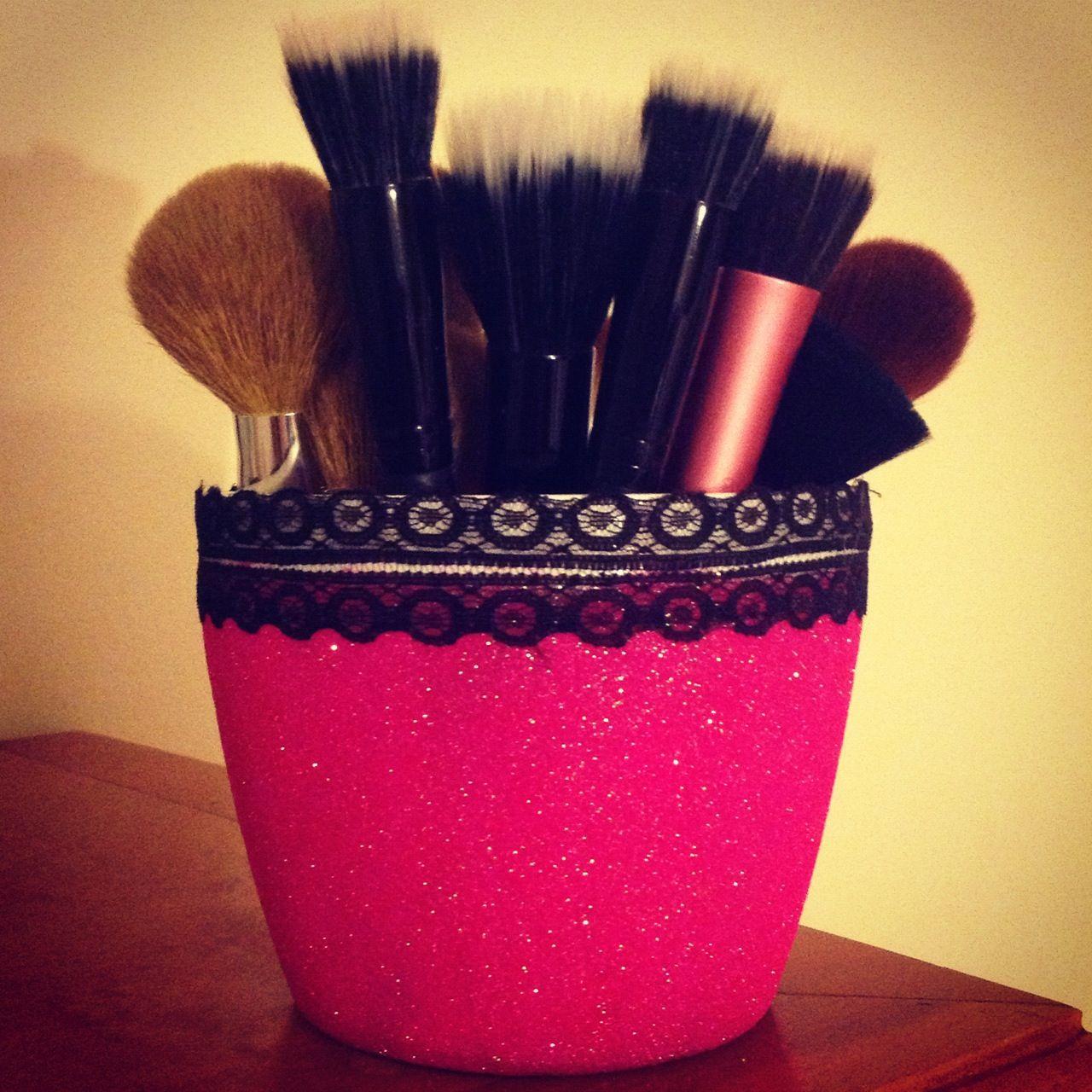 Brush holder I made. Hot pink glitter & black lace Cake