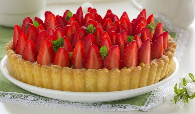 Aardbeienvlaai #lovely #strawberrycake #recipe #strawberries