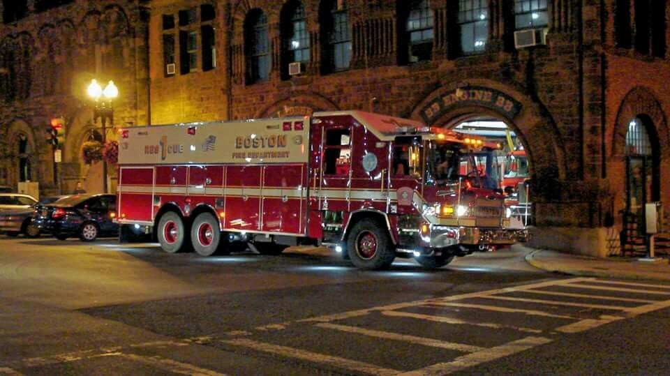 Pin by Lieutenant 107 on Fire Trucks (Rescues & Squads